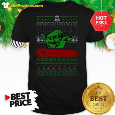 Funny Star Wars Yoda Dinner Table Cat Meme Yelling Christmas Shirt - Design by Thefristtees.com