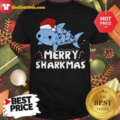 Santa Shark Merry Sharkmas Lovely Shirt - Design by Thefristtees.com