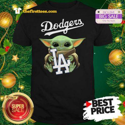 Monday Baby Yoda Hug Los Angeles Dodgers Star Wars Mandalorian Shirt - Design by Thefristtees.com