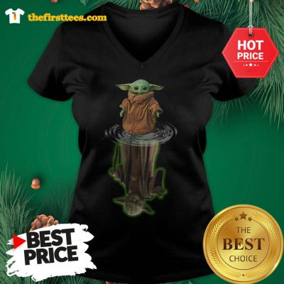 Official The Mandalorian Yoda Star Wars Water Reflection V-neck - Design by Thefristtees.com