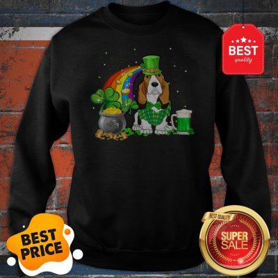 Top Beer Drinking Basset Hound Dog St Patricks Day Sweatshirt