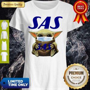 Star Wars Baby Yoda Hug Scandinavian Airlines Logo Mask COVID-19 Shirt