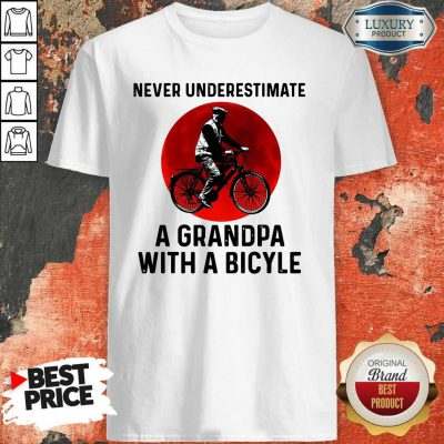 Top Never Underestimate A Grandma With A Bicycle Shirt