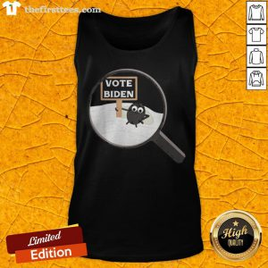 The Fly On Vice President Pence Head Debate 2020 Vote Biden Tank Top - Design By Thefirsttees.com