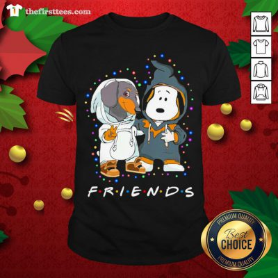 Cute Dachshund And Snoopy Friends Christmas Light Shirt - Design By Thefirsttee.com