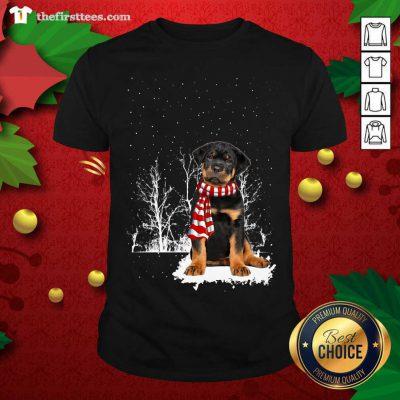 Rottweiler Snow Scarf Christmas Shirt - Design by Thefristtee.com