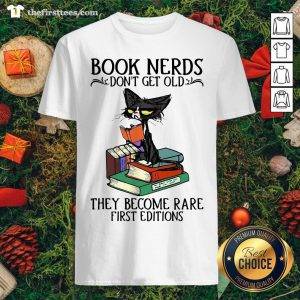 Lovely Black Cat Book Nerds I Don't Get Old Shirt - Design By Thefirsttees.com