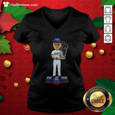 Good Max Muncy Los Angeles Dodgers 2020 World Series Champions V-neck - Design By Thefirsttees.com