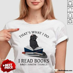 That's What I Do I Read Books And I Knows Things Cat V-neck- Design By Thefirsttees.com