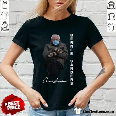 Bernie Sanders Sitting Inauguration Meme Mittens Signature V-neck- Design By Thefirsttees.com